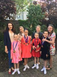Dance girls and Dance mummys