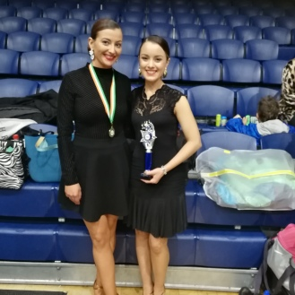 Kelly & Emma - 1st competition in starter adults